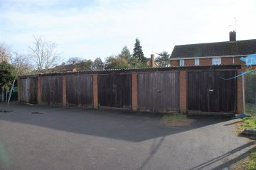 Woodlands Garages