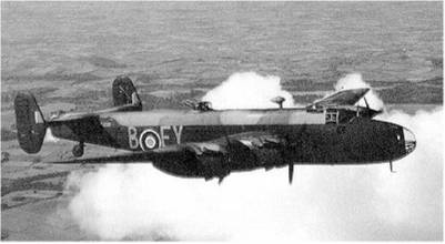 Hadley-Page 'Halifax' bomber.
